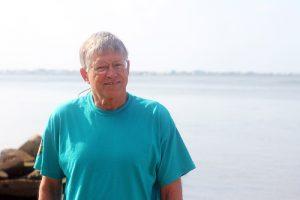 UNC Institute of Marine Sciences faculty member Charles 'Pete' Peterson