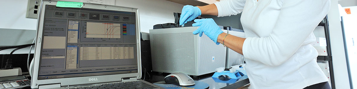 UNC-Institute-of-Marine-Sciences-IMS-Research-Lab-research-Dr-Rachel-Noble-02-1200×300