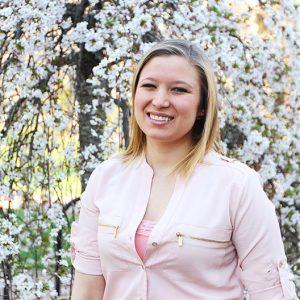 Amy Yarnall, UNC Institute of Marine Sciences, Fodrie Lab Member